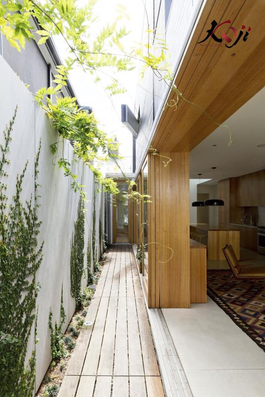 mẫu 2: hệ thống sân vườn bên cạnh nha giúp không gian thoáng mát hơn