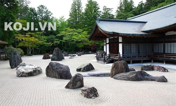 Vưởn đá khô cũng là một trong những nét đặc trưng của phong cách Nhật Bản