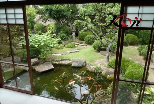 Sân vườn Nhật kết hợp hồ cá koi