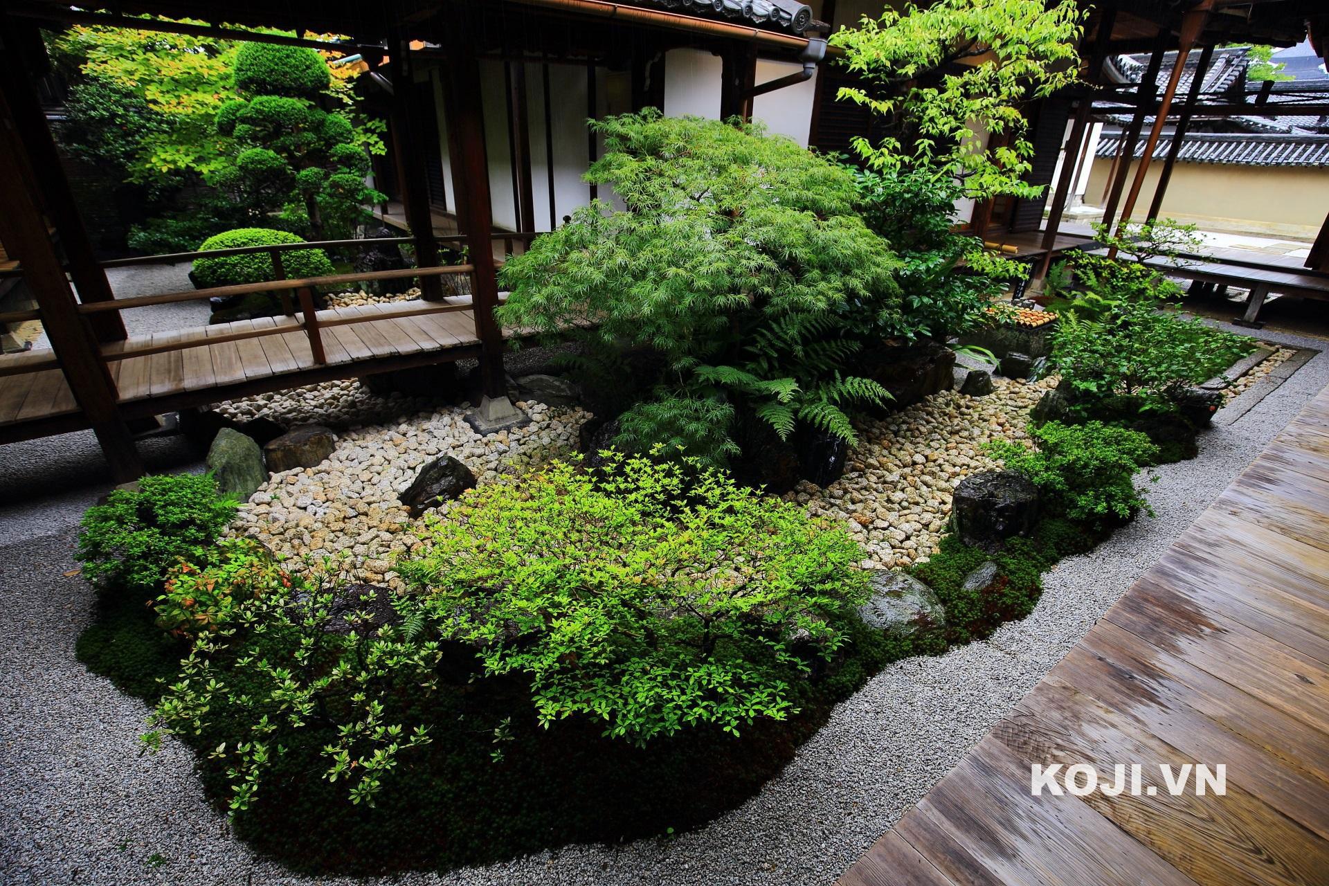 Chaniwa or Roji: sân vườn trà đạo