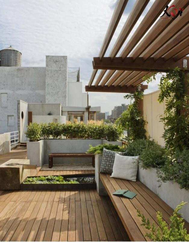 Mẫu thiết kế sân vườn tầng thượng đơn giản