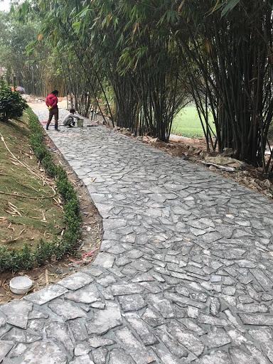 Đá chẻ ốp đường dạo trong khuôn viên nhà vườn