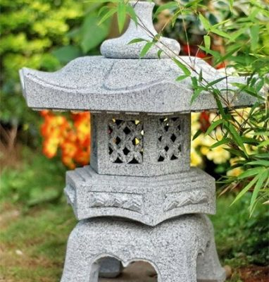 Đèn đá trang trí sân vườn