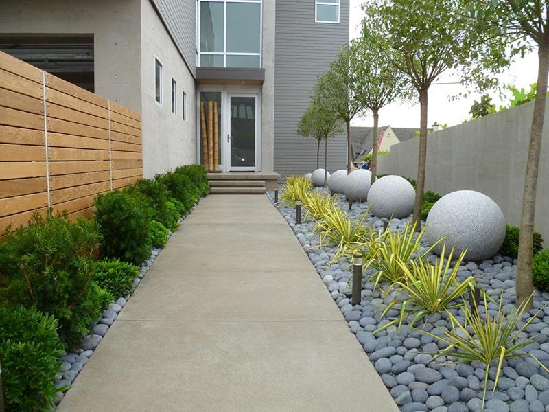 Chọn những loài chất liệu tốt nhất cho sân vườn nhà bạn