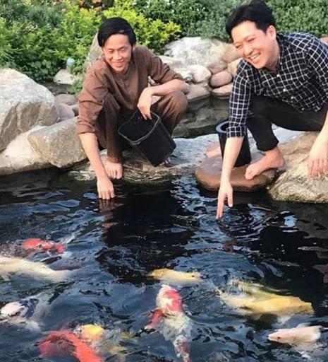 Hồ cá koi khủng tại nhà thờ Tổ của Nghệ sĩ Hoài Linh