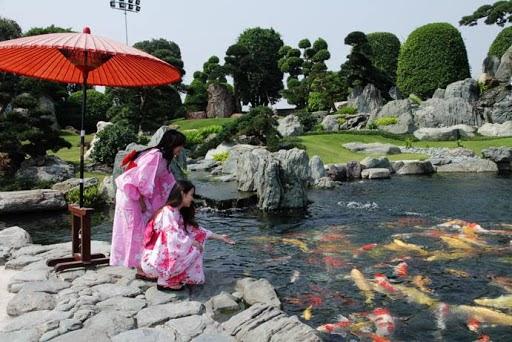Thiếu nữ khoe ảnh với bộ Yukata của Nhật bản